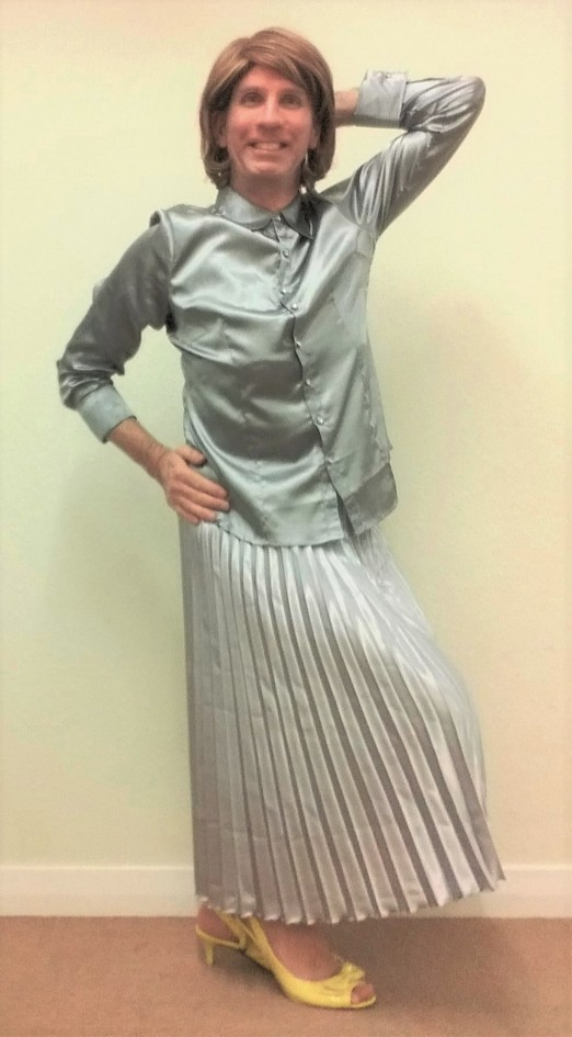 My exceptionally comfortable, stylish & very swishy silver silk pleated Atmosphere midi skirt, plus my LE3NO blouse are complemented by Very Voga peep toe Bowknot Kitten heeled slingbacks buckle shoes.