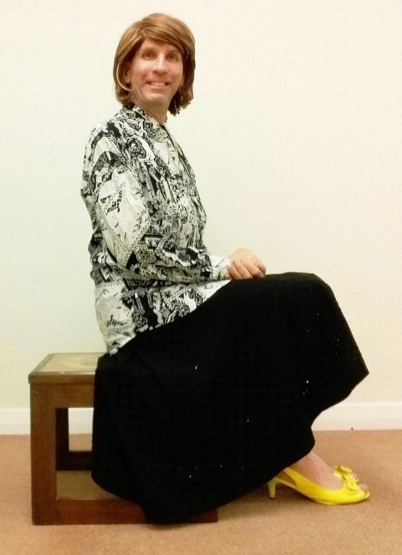 My exceptionally comfortable, stylish & very swishy black sequined New Look full circle midi skirt, plus my monochrome blouse are complemented by Very Voga peep toe Bowknot Kitten heeled slingbacks buckle shoes.