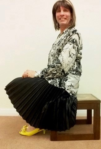 My exceptionally comfortable, stylish & very swishy black silk pleated Papaya midi skirt, plus my monochrome blouse are complemented by Very Voga peep toe Bowknot Kitten heeled slingbacks buckle shoes.