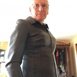 Picture of Frank, CrossDresser 70 years old, from Axminster Devon