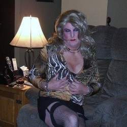Picture of BrendaAlberta, CrossDresser 53 years old, from Calgary Alberta