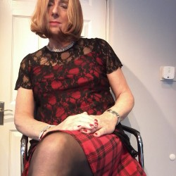 Picture of Sophisticated, CrossDresser 60 years old, from Kirkby Merseyside